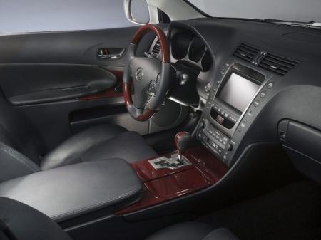 Lexus GS450h. Цена удобного авто
