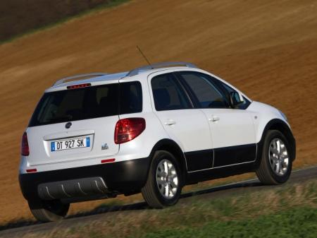 Fiat Sedici. Цена автомобиля